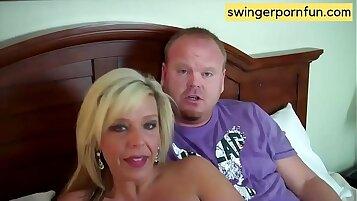 Blowjob in a Motel by Swinger Couple