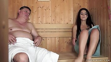 Omegle Rumska Mai paced by two grandpas over drooling pussy