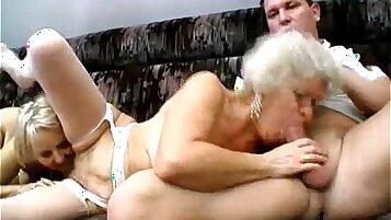 Granny.style sex.yo some young amateur blowjob